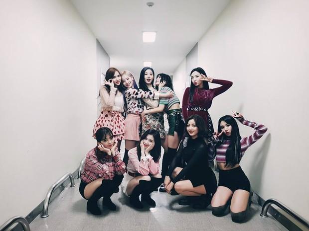 TWICE một lần nữa cho BLACKPINK hít khói trên Melon nhưng ai ngờ vẫn thua một đối thủ ở mảng girlgroup - Ảnh 2.