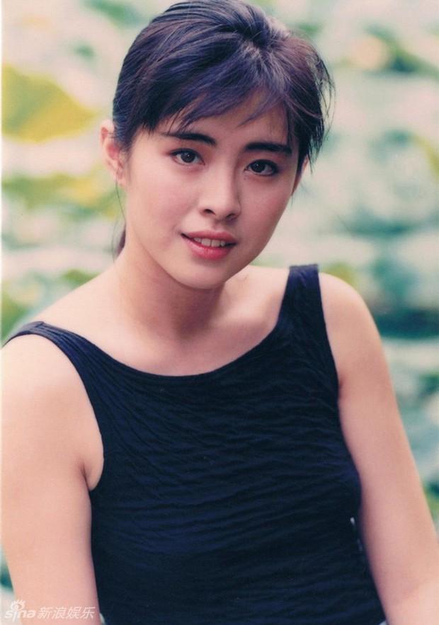 Bức ảnh chụp Ngọc nữ số 1 Hong Kong Vương Tổ Hiền lúc ốm nặng bất ngờ gây sốt vì quá tuyệt sắc - Ảnh 6.