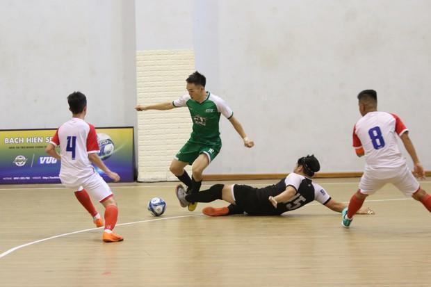 Đánh bại cựu vương, đại học Tôn Đức Thắng lần đầu vô địch VUG Futsal - Ảnh 2.
