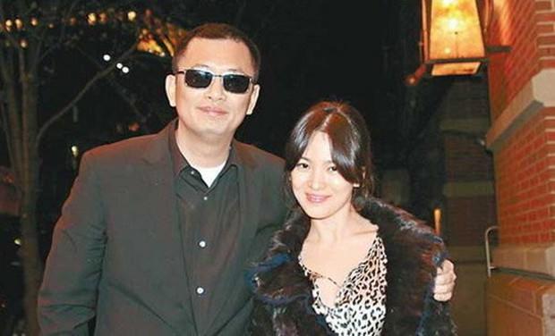 Vừa tuyên bố có con với Song Hye Kyo, Vương Gia Vệ liền cà khịa Endgame tại Trung Quốc - Ảnh 1.