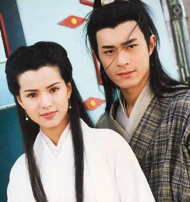 Cổ Thiên Lạc và Lý Nhược Đồng: Dương Quá và Cô Long đi vào huyền thoại vì quá đẹp nhưng nhan sắc đối nghịch tuổi xế chiều - Ảnh 3.