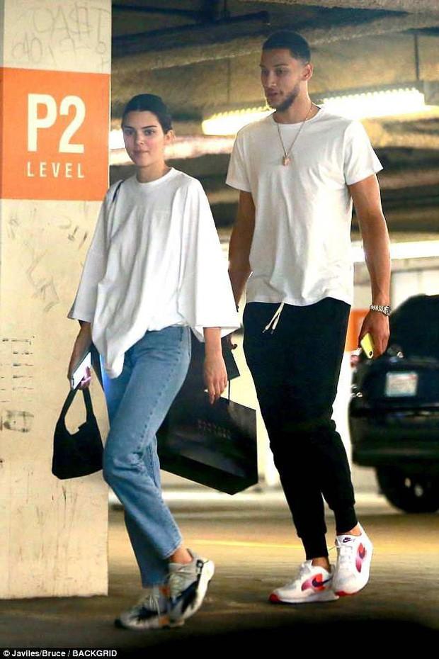 """Kendall Jenner - chân dài nổi tiếng nhà Kim """"siêu vòng 3"""" : Người """"đánh cắp"""" trái tim cháu trai độc tôn của cố Tổng thống Mỹ - Ảnh 8."""