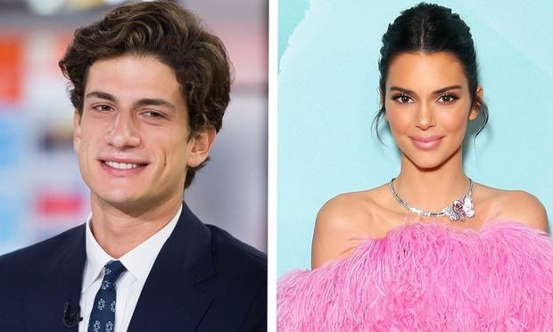 """Kendall Jenner - chân dài nổi tiếng nhà Kim """"siêu vòng 3"""" : Người """"đánh cắp"""" trái tim cháu trai độc tôn của cố Tổng thống Mỹ - Ảnh 11."""