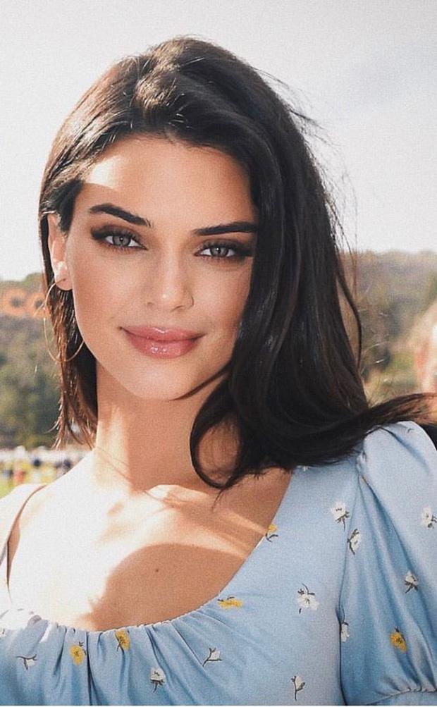 """Kendall Jenner - chân dài nổi tiếng nhà Kim """"siêu vòng 3"""" : Người """"đánh cắp"""" trái tim cháu trai độc tôn của cố Tổng thống Mỹ - Ảnh 12."""