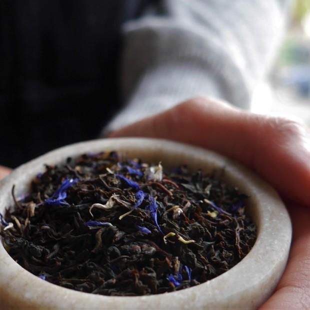 Uống trà chiều như dân chuyên nghiệp: các loại trà Anh thường gặp khác nhau như thế nào? - Ảnh 1.