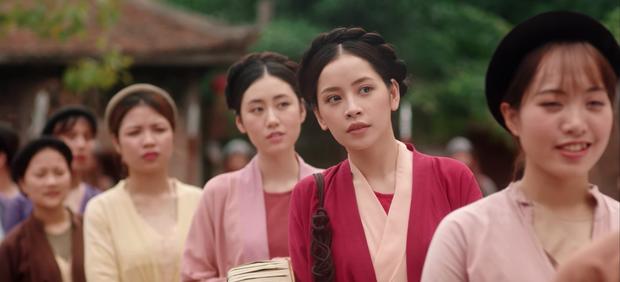 HOT: Chi Pu hoá thân cô Cám, kể chuyện tình tay 4 với nhiều ẩn khuất dằng xé trong MV Ballad cổ trang mới - Ảnh 2.