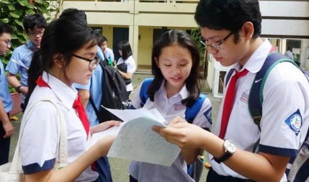 Tuyển sinh lớp 10 năm 2019 tại Hà Nội: Những điều cực quan trọng khi viết phiếu đăng ký dự tuyển - Ảnh 1.