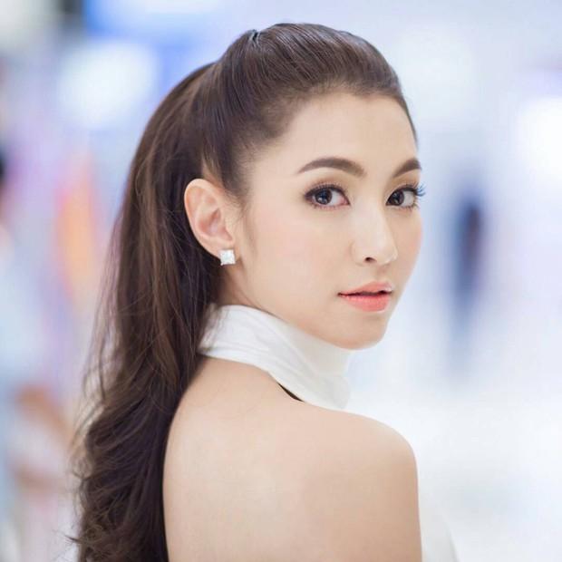 Dàn mỹ nhân, tiểu thư tài phiệt showbiz Thái du lịch Việt Nam: Biến TP.HCM, Đà Nẵng và các địa điểm đẹp như phim - Ảnh 11.