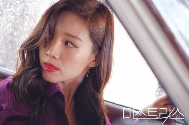 Vấn nạn ngoại tình trên phim Hàn: Có nên đáng thương thân phận làm người thứ 3 hay không? - Ảnh 3.