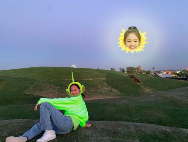 Nếu được một lần check-in tại Coachella, bạn tuyệt đối đừng chụp ảnh gây suy nhược như Jennie (BLACKPINK) nhé! - Ảnh 5.