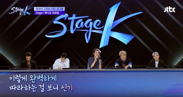 Thánh lầy Heechul (Super Junior) lại chơi nổi khi... cột tóc đuôi gà cài nơ trắng đi chấm thi - Ảnh 3.