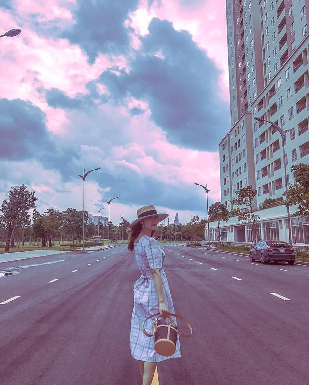 Nhìn loạt ảnh du lịch như ở thế giới khác của Minh Hằng, ai cũng phải thốt lên: Cô gái vàng của làng ghép mây trời đây rồi!  - Ảnh 6.