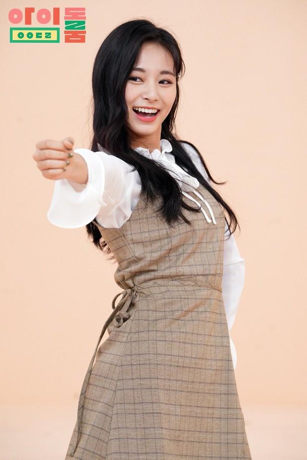 Ai rồi cũng khác, chỉ có kiểu tóc của Tzuyu (TWICE) là bất di bất dịch qua mỗi mùa comeback! - Ảnh 8.