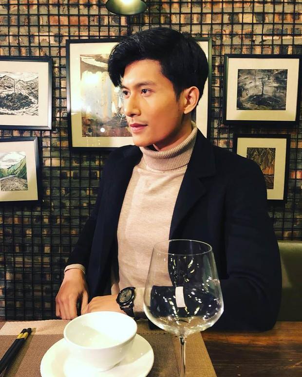 Chàng thị vệ một lòng si tình Chi Pu trong MV mới: Cao 1m83, đẹp trai, độc thân nhưng đó chưa phải tất cả! - Ảnh 13.