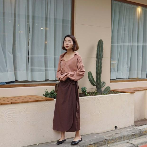 Tiện một công ngắm 15 set đồ từ street style Châu Á, các nàng lên luôn được danh sách các món cần sắm hè này - Ảnh 1.