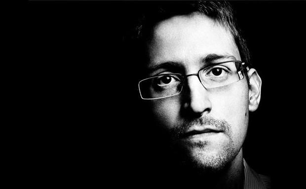 Vì sao CIA lại đang tập tành dùng Instagram? Cùng nghe cựu điệp viên Edward Snowden giải thích - Ảnh 2.