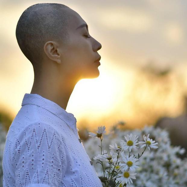 Sao Việt bàng hoàng, xót xa khi hay tin người mẫu Như Hương qua đời ở tuổi 37 vì ung thư - Ảnh 1.