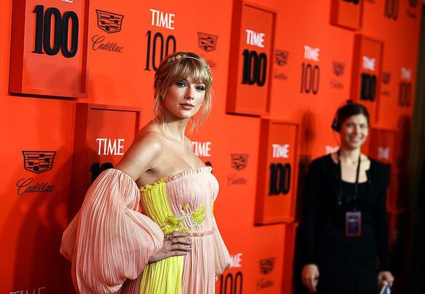 Thảm đỏ quyền lực Time 100: Taylor Swift khoe ngực khủng bên Captain Marvel và dàn siêu sao, BTS đâu mất rồi? - Ảnh 1.