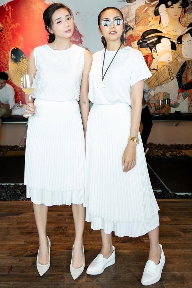 Hà Tăng diện sắc trắng nền nã, rạng rỡ hội ngộ Ngô Thanh Vân, Đông Nhi cùng dàn mỹ nhân Vbiz - Ảnh 1.