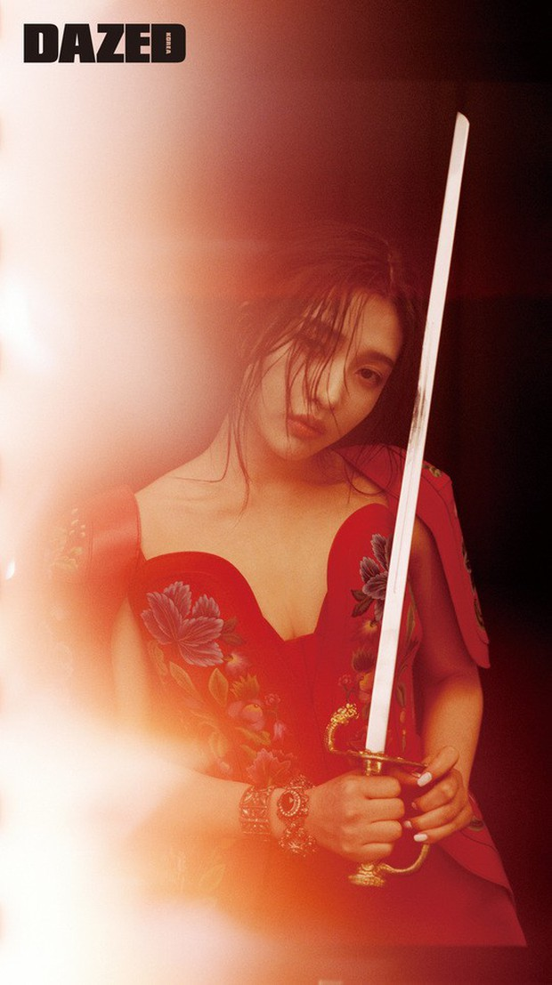 Bộ hình mỹ nhân Red Velvet sinh năm 1996 khiến dân tình điên đảo: Sexy khó cưỡng, đẹp đến mức vượt mặt Irene? - Ảnh 1.