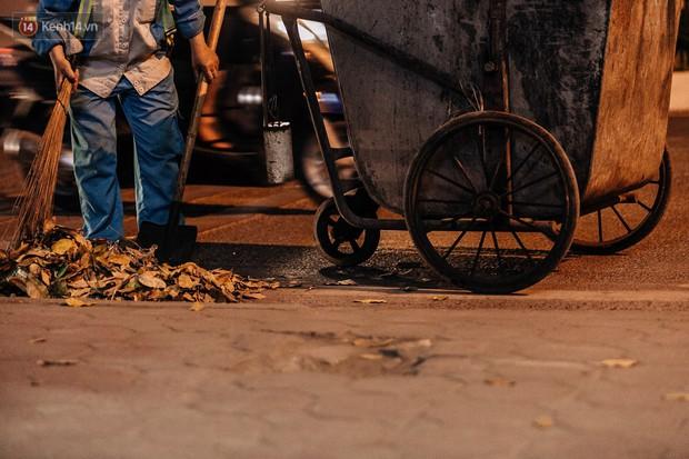 Sự ra đi của nữ công nhân môi trường và nỗi ám ảnh người ở lại: Những phận đời phu rác bám đường phố Hà Nội mưu sinh - Ảnh 7.