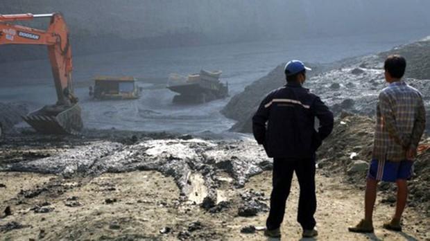 Sập hầm khai thác ngọc bích ở Myanmar khiến 5 người thiệt mạng - Ảnh 1.