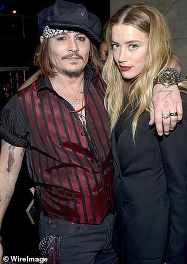 Johnny Depp lại sắp kết hôn với vũ công người Nga đáng tuổi con gái sau vụ lùm xùm ly hôn - Ảnh 4.