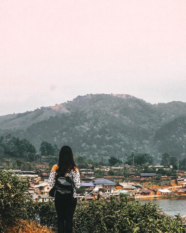 """Chẳng cần tốn tiền đi Trung Quốc, ngay tại Thái Lan cũng có """"Phượng Hoàng Cổ Trấn"""" đẹp không thua kém bản gốc - Ảnh 13."""