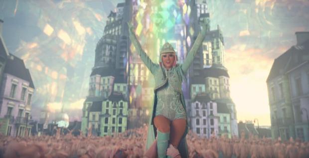 Bom tấn mới nhất Me! chính thức lên sóng: Taylor Swift nói tiếng Pháp, hình tượng rắn chúa đầy mới lạ! - Ảnh 10.