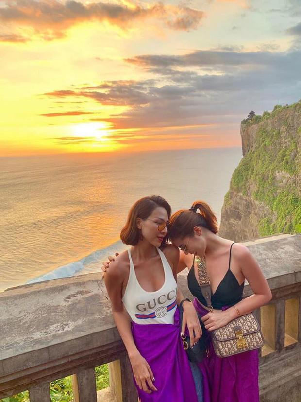 Tan chảy khoảnh khắc Kỳ Duyên và Minh Triệu cùng ngắm hoàng hôn trên cổng trời tại Bali - Ảnh 1.