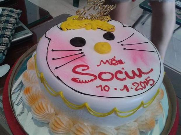 Hí hửng đặt mua bánh sinh nhật Hello Kitty, cô gái ngậm ngùi nhận ra hình ảnh vốn chỉ mang tính minh họa - Ảnh 4.