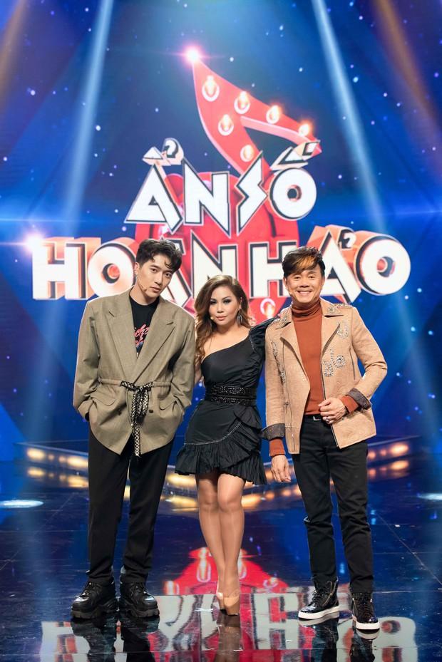 Châu Đăng Khoa bắt MC gameshow giới thiệu căng đét về độ đẹp trai mới chịu xuất hiện - Ảnh 1.