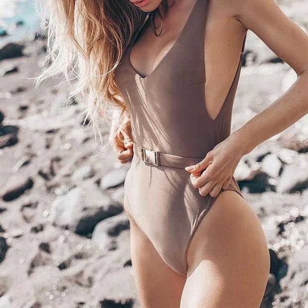 Bạn sẽ tiếc hùi hụi nếu không sắm 3 thiết kế đồ bơi tôn dáng cực đỉnh này cho Hè 2019 - Ảnh 2.