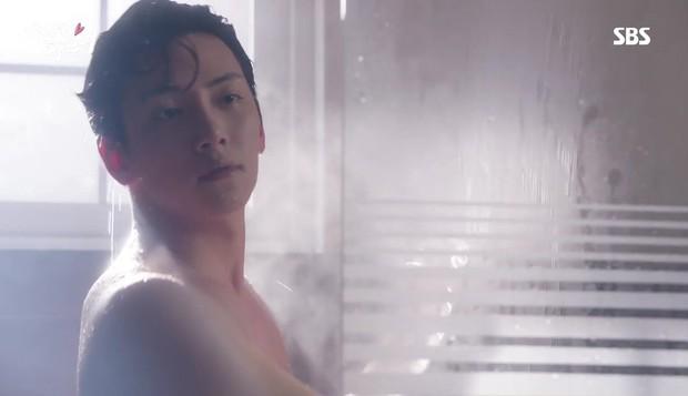 Nhân ngày Ji Chang Wook xuất ngũ và... bể phoọc, hãy cùng nhắc lại những khoảnh khắc khoe thân cực quyến rũ của anh chàng ngày xưa - Ảnh 14.