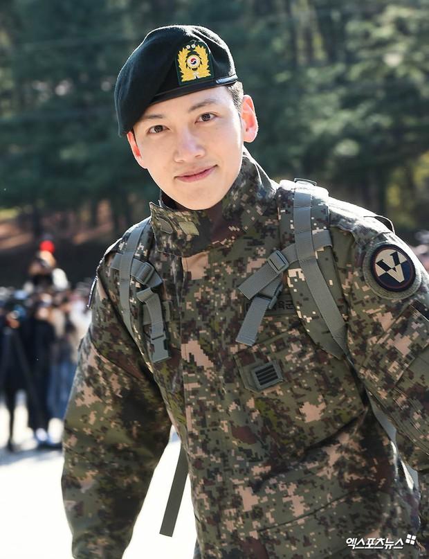 Ji Chang Wook xuất ngũ còn chưa ấm chỗ đã được fan triệu hồi tham gia Running Man vì... - Ảnh 1.