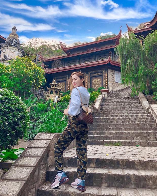 4 ngôi chùa độc đáo ở An Giang chỉ cần đưa máy lên là có ngay ảnh đẹp - Ảnh 1.