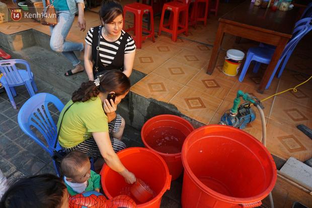 Sa Pa những ngày khát khô nhất lịch sử: Đường phố oi bức khói bụi, khách sạn ế ẩm vì thiếu nước sinh hoạt - Ảnh 7.