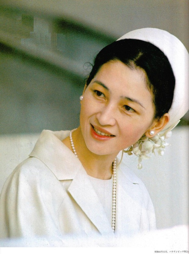 Những nữ nhân tài sắc vẹn toàn của Hoàng gia Nhật: Từ Hoàng hậu đến Công chúa ai cũng 10 phân vẹn mười, học vấn cao, hiểu biết hơn người - Ảnh 1.