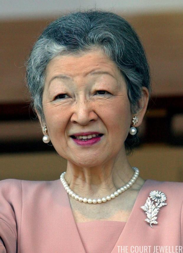 Những nữ nhân tài sắc vẹn toàn của Hoàng gia Nhật: Từ Hoàng hậu đến Công chúa ai cũng 10 phân vẹn mười, học vấn cao, hiểu biết hơn người - Ảnh 2.