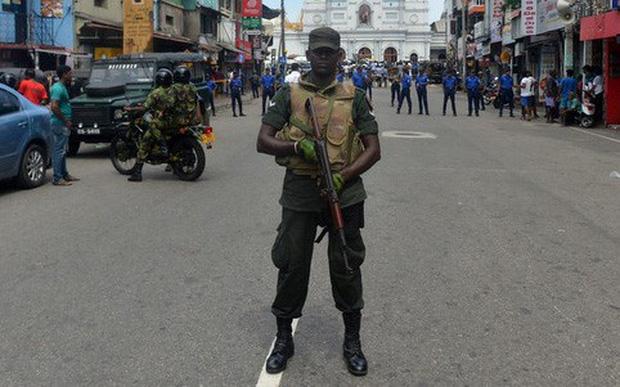 Sri Lanka: 15 thi thể được phát hiện tại khu vực xảy ra đấu súng - Ảnh 1.