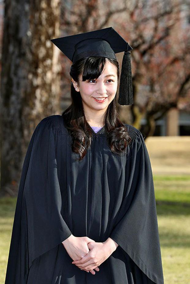 Những nữ nhân tài sắc vẹn toàn của Hoàng gia Nhật: Từ Hoàng hậu đến Công chúa ai cũng 10 phân vẹn mười, học vấn cao, hiểu biết hơn người - Ảnh 12.