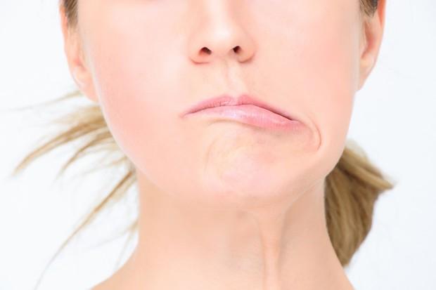 Lại thêm trường hợp liệt mặt, méo miệng chỉ vì thói quen nhiều người hay mắc phải trong ngày nắng nóng - Ảnh 4.
