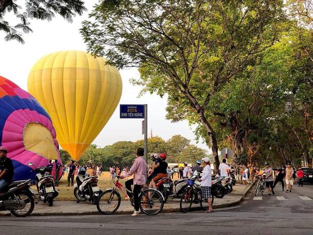 Choáng ngợp toàn tập với lễ hội khinh khí cầu siêu hoành tráng tại Huế trong dịp 30/4 & 1/5 - Ảnh 3.