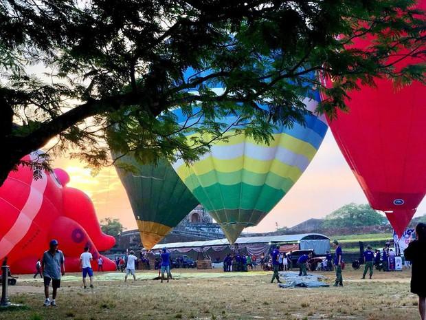 Choáng ngợp toàn tập với lễ hội khinh khí cầu siêu hoành tráng tại Huế trong dịp 30/4 & 1/5 - Ảnh 5.