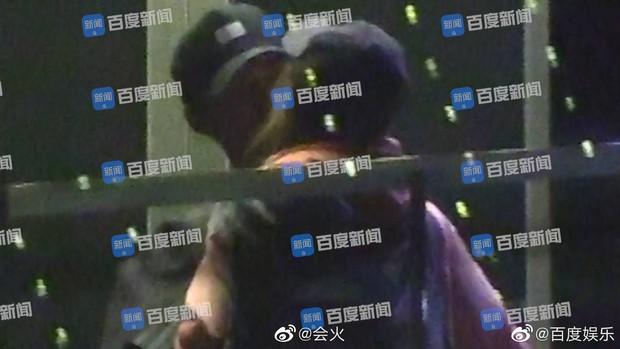 Thêm 1 ái nữ nhà trùm sòng bạc Macau lộ ảnh ôm hôn thắm thiết, lần này đối tượng là mỹ nam Sở Kiều Truyện - Ảnh 6.