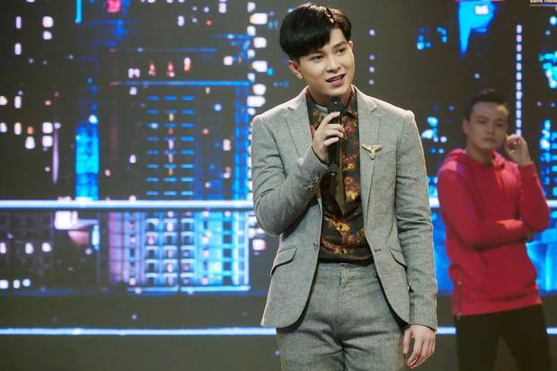 Trời sinh một cặp: Quản lý của Hòa Minzy gây bất ngờ với giọng hát không thua ca sĩ - Ảnh 11.
