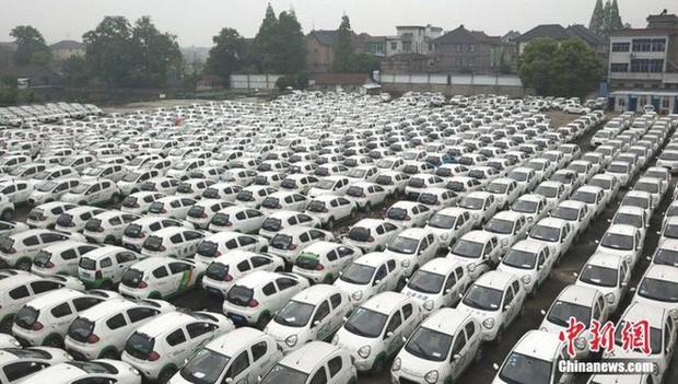 """Trung Quốc: Hàng trăm xe điện bị """"xếp xó"""" vì hậu quả của nền kinh tế chia sẻ phát triển chóng mặt - Ảnh 3."""