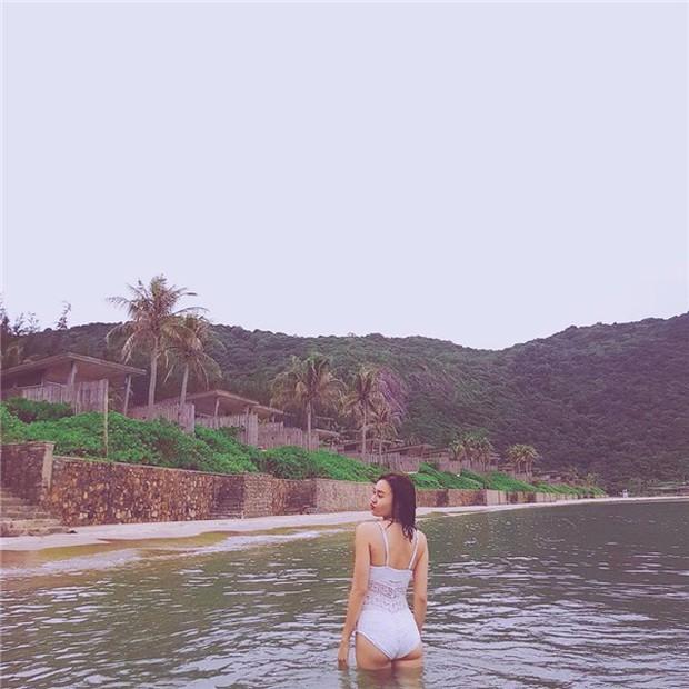 Khoe ảnh bikini nóng bỏng, Ninh Dương Lan Ngọc chính thức gia nhập hội mỹ nhân khoe dáng mùa hè - Ảnh 5.