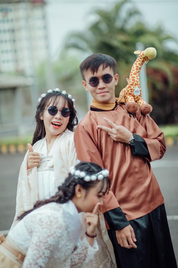 Bộ ảnh kỷ yếu xuyên thời gian ấn tượng của học sinh Đắk Lắk: Xuyên không về thời hiện đại, các công tử tiểu thư hóa… dancer! - Ảnh 8.