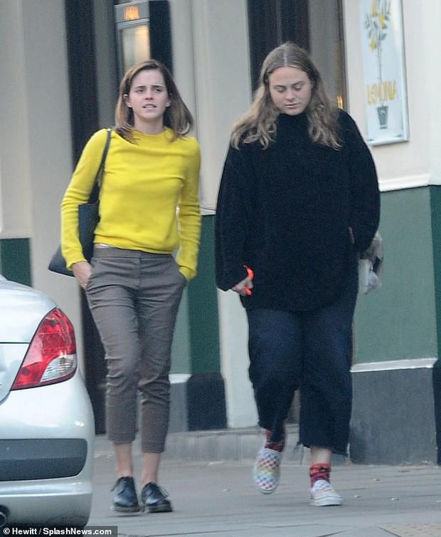 Từng là mỹ nhân hàng đầu Hollywood, Emma Watson gây thất vọng vì quá nhợt nhạt và xuống sắc - Ảnh 2.
